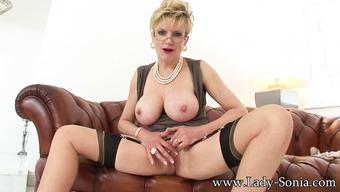 Порно видео мадам соня — pic 9